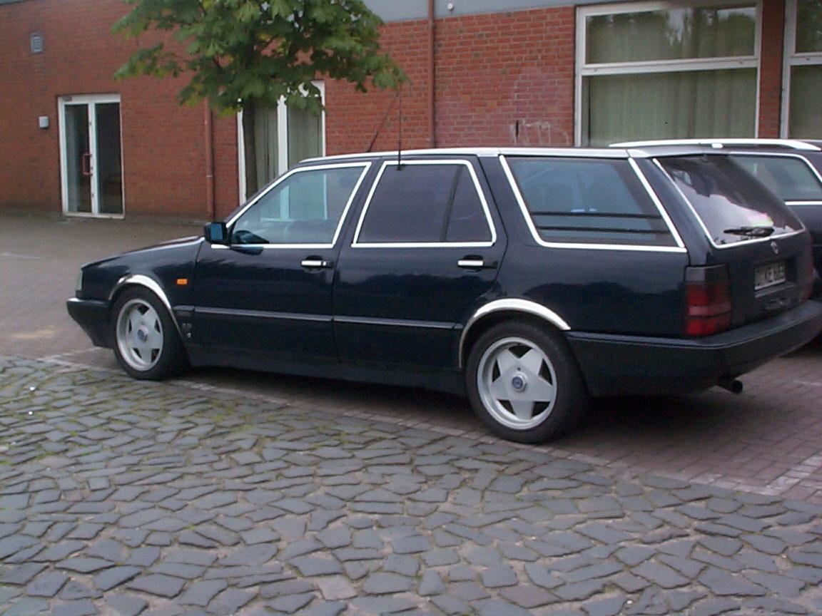 https://www.spaccer.com/fileadmin/bilder/fahrzeuge/1582_Lancia_Thema_SW.jpg